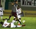 Herrera, Wellington Silva e Eduardo Brock disputam o garrancho de quarta