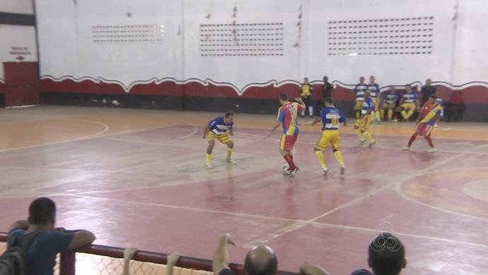 Disputa de futsal ocorreu no ginásio do Trem, em Macapá (Foto: Reprodução/Rede Amazônica no Amapá)