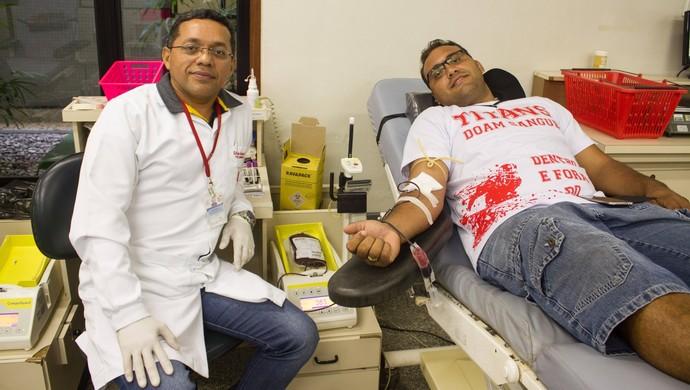 Time de futebol americano reuniu 22 pessoas para a doação de sangue (Foto: Divulgação)