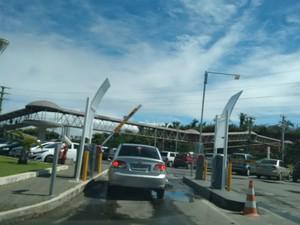 Estacionamento no shopping Paralela, em Salvador. (Foto: Maiana Belo/G1 Bahia)