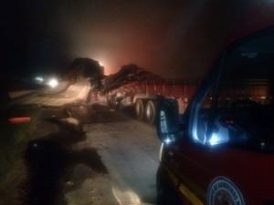 Condutores morreram na hora (Foto: Corpo de Bombeiros Militar de Navegantes/Divulgação)