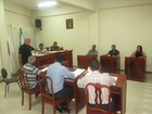 Lei reduz salários de prefeito, vice e secretários de cidade da Zona da Mata
