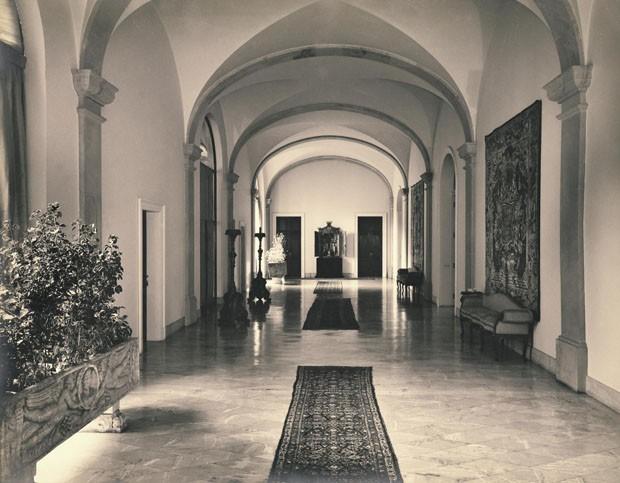 Vestíbulo do Solar, atual hall principal do museu (Foto: Acervo Fundação Crespi Prado)