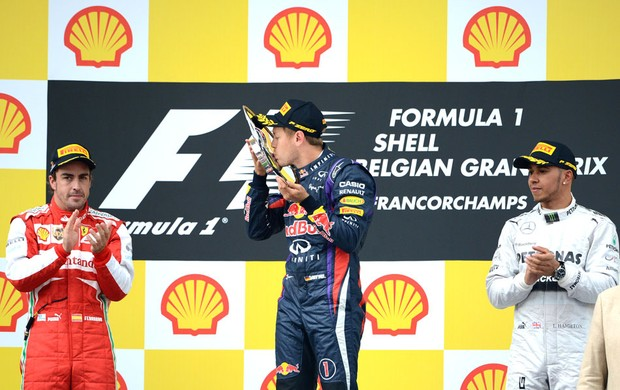 Formula 1 Alonso, Vettel e Belgica  (Foto: Agência AFP)