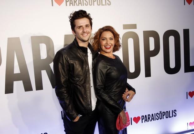 Fabíula Nascimento e Gil Coelho (Foto: Celso Tavares / EGO)