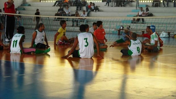 Vôlei sentado tambéme stá na programação da 'Tarde do Paradesporto' (Foto: Divulgação/IFS)