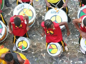 Integrantes do Olodum ministram workshop de percussão e dança afro (Foto: Cris Calacio/Divulgação)