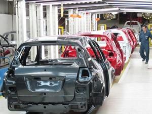 fábrica carros (Foto: Luciana de Oliveira/G1)
