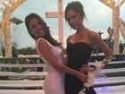 Eva Longoria se casa e posa com Victoria Beckham durante festa