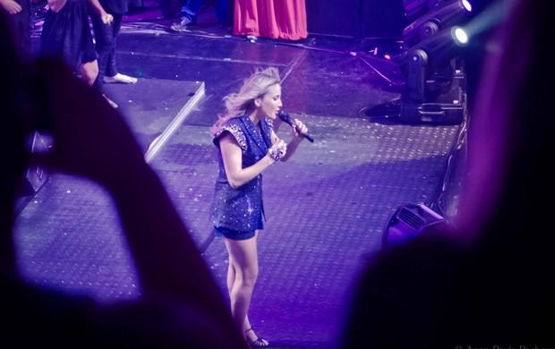 Claudia Leitte se emociona em show (Foto: Divulgação)