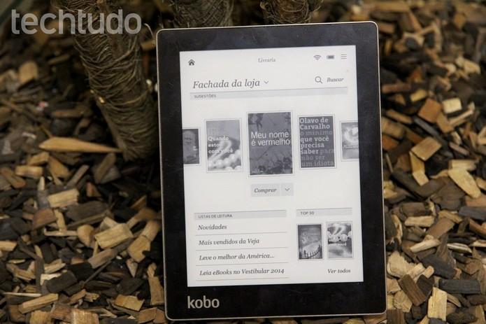 Kobo Aura armazena até 30 mil livros (Foto: Luciana Maline/Techtudo) (Foto: Kobo Aura armazena até 30 mil livros (Foto: Luciana Maline/Techtudo))