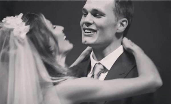 Tom Brady comemora aniversário de casamento com Gisele Bündchen