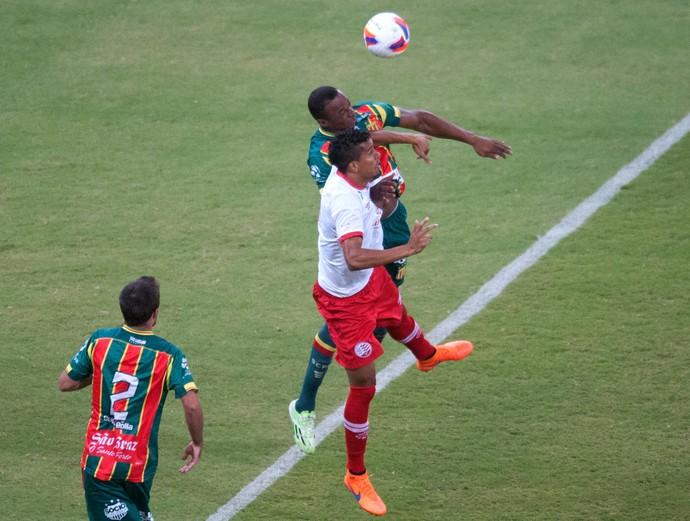 Náutico x Sampaio Série B (Foto: Aldo Carneiro / Pernambuco Press)