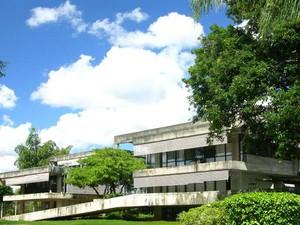 Fachada atual do prédio da reitoria da UnB (Foto: UnB Agência)