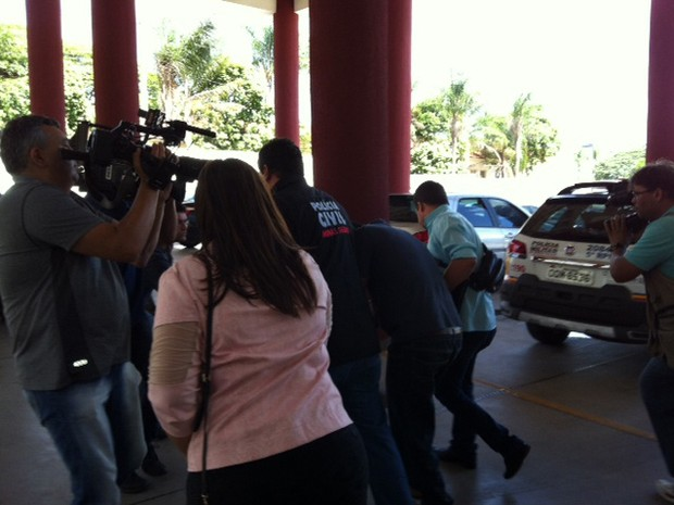 Suspeito se apresentou em Uberaba (Foto: Bruno Sousa/G1)