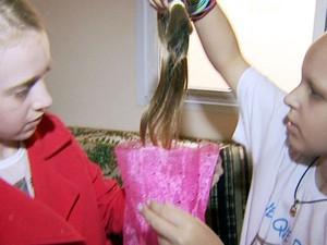 Garota de 10 anos corta o cabelo pela primeira vez para doar a amiga em tratamento contra o câncer em Campinas (Foto: Marcio Silveira / EPTV)
