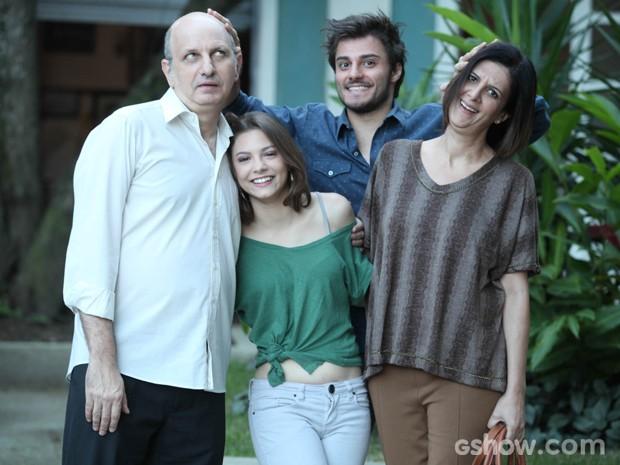 Os quatro atores se deram muito bem logo de cara (Foto: Pedro Curi / TV Globo)
