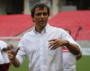Milton Cruz (Foto: Adelson Costa (Pernambuco Press))