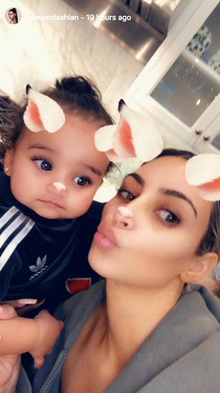 Kim se divertiu com a sobrinha brincando com filtros do Instagram (Foto: reprodução/instagram)