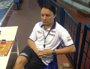 Arturo Alvarez, técnico, Uberlândia, espanhol, espanha, NBB (Foto: Gullit Pacielle)
