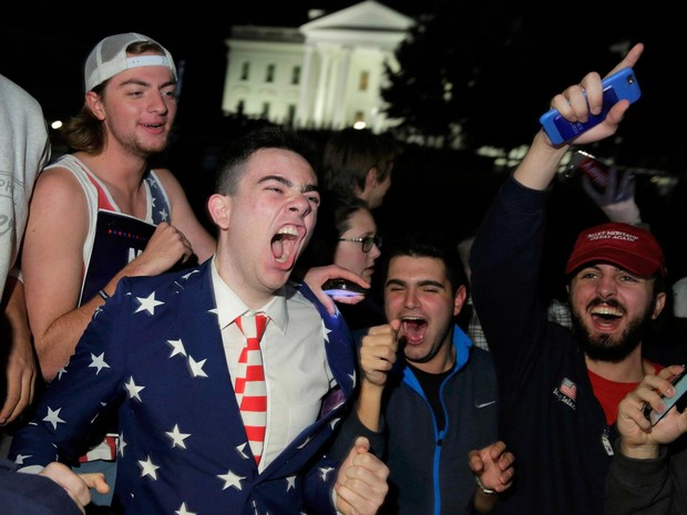eleitores comemoram vitória de Trump (Foto: Joshua Roberts/Reuters)