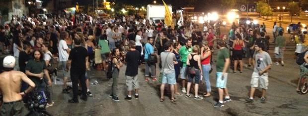 Protesto chega ao fim em Porto Alegre (Foto: Estêvão Pires/G1)
