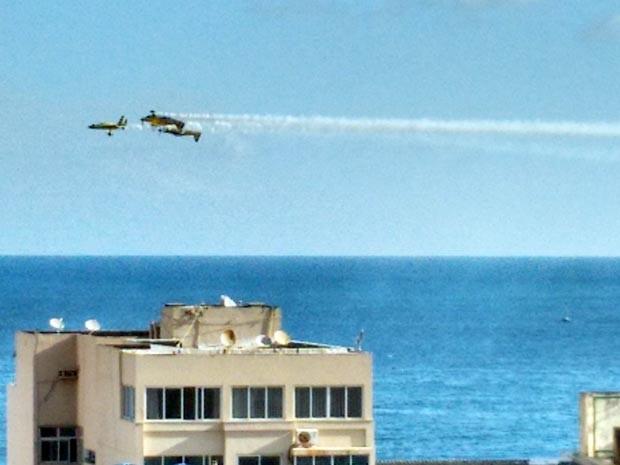 [Brasil] Morre piloto de avião que caiu no mar em Salvador, diz assessoria da FAB Aviao_queda_03_editada