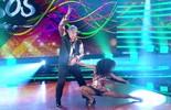 Sidney Magal anima o público ao som do zouk no 'Dança dos Famosos'