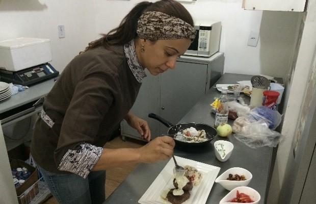 Lourdes Lopes participa pela primeira vez do Festival Motel Gastronomia, em Aparecida de Goiânia, Goiás (Foto: Vitor Santana/G1)