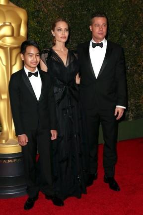 Maddox, Angelina Jolie e Brad Pitt (Foto: Getty Images)