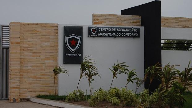 Botafogo-PB entrada da Maravilha do Contorno (Foto: Kako Marques)