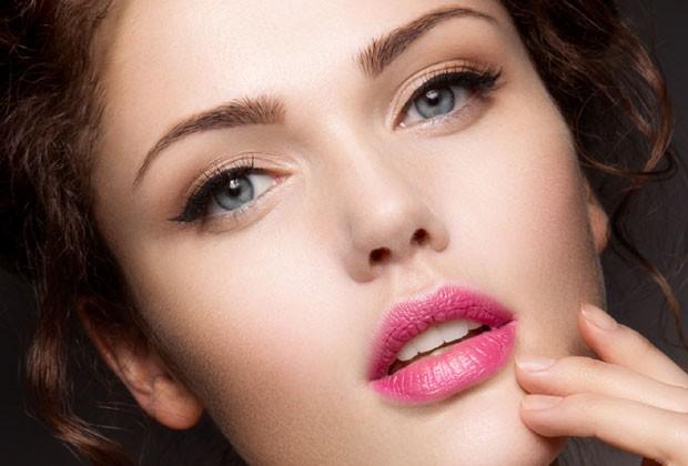 04761ca4b136a 10 coisas que mulheres com a pele incrível fazem todos os dias ...