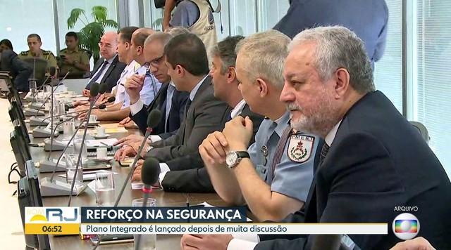 Governo anuncia pagamento de horas-extras a agentes como parte do plano de segurança