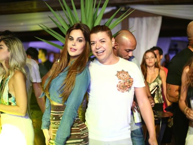 Robertha Portella e David Brazil em festa na Zona Oeste do Rio (Foto: Marcos Samerson/ Agência We love Photo!/ Divulgação)