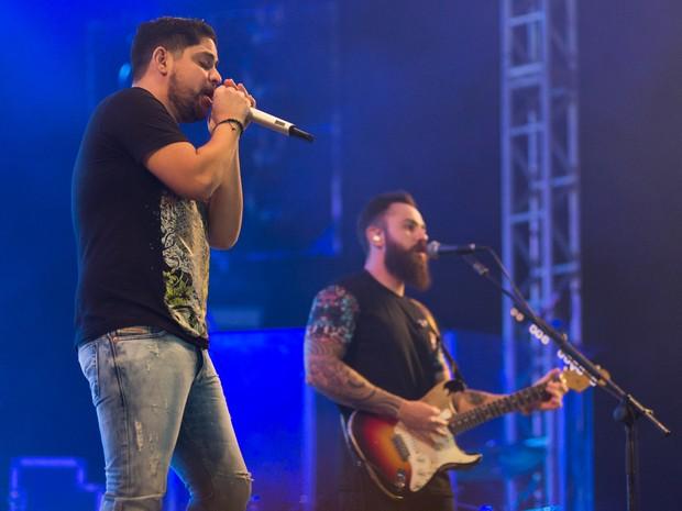 Jorge & Mateus se apresentaram na última noite do Ribeirão Rodeo Music 2016 (Foto: Érico Andrande/G1)