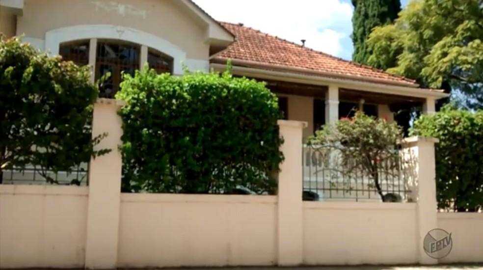Casa em que mãe do ex-ministro morava em Passa Quatro foi confiscada pela Justiça na Operação Lava Jato (Foto: Reprodução/EPTV)