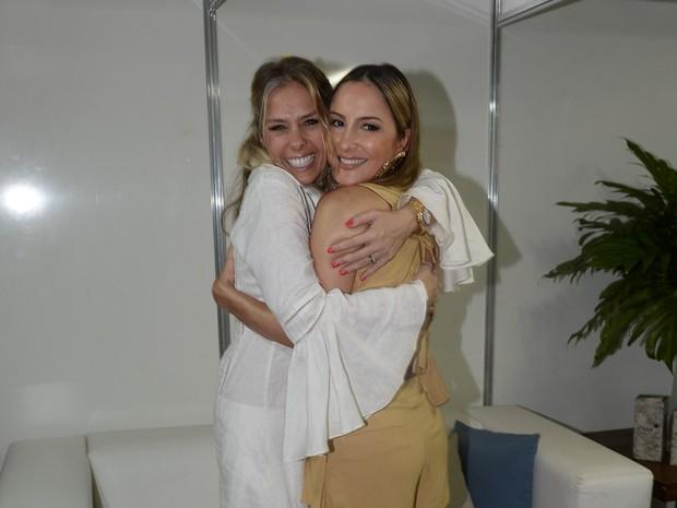 Adriane Galisteu e Claudia Leitte em festa em Fortaleza, no Ceará (Foto: Francisco Cepeda e Denilson Santos/ Ag. News)