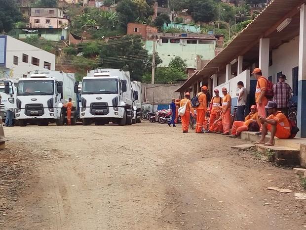 Funcionários da Pavotec fazem paralisação geral em Governador Valadares (MG). (Foto: Tiago Lopes/Inter TV dos vales)