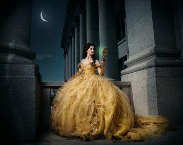 FOTÓGRAFO IMAGINA PRINCESAS DA DISNEY SE TORNANDO RAINHAS (Foto: Divulgação)