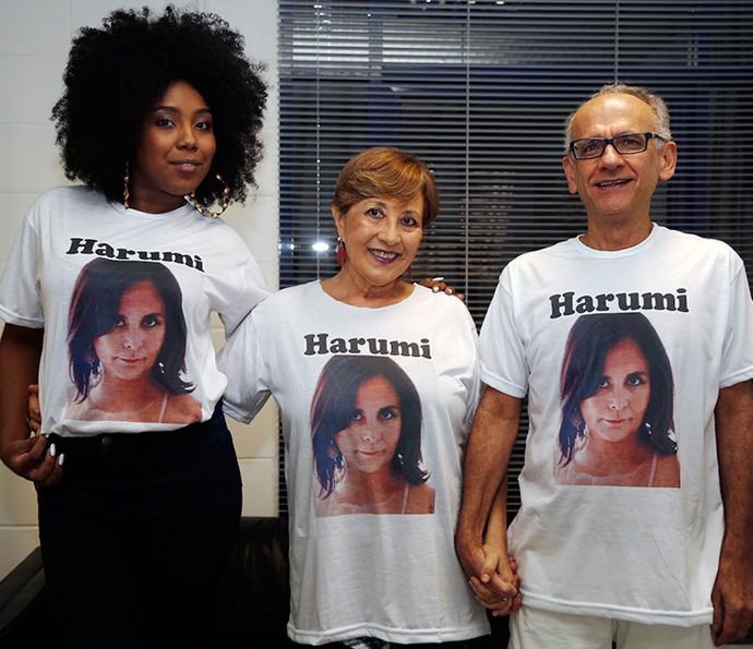 Liliane, amiga de Harumi, Rosimeri, a irmã e Aziz, o cunhado (Foto: Raphael Dias / Gshow)