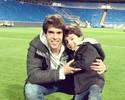 Após virada no Espanhol, Kaká comemora com filho no Bernabeu