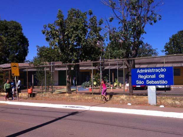 Fachada da administração regional de São Sebastião, no Distrito Federal (Foto: Isabella Formiga/G1)