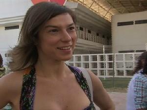 Atriz Maria Paula, embaixadora do aleitamento materno, falou da importância da doação de leite materno (Foto: TV Verdes Mares/Reprodução)