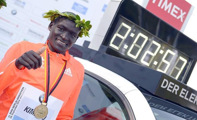 Dennis Kimetto recorde mundial Berlim 2014 (Foto: EFE)