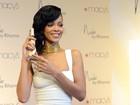 Simon Cowell quer Rihanna como jurada do 'The X Factor', diz jornal