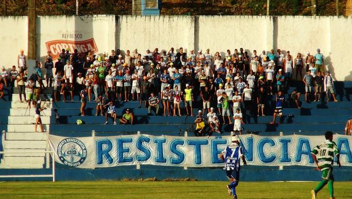 Torcida do CSA registrou bom número no Mutange (Foto: Henrique Pereira/ GloboEsporte.com)