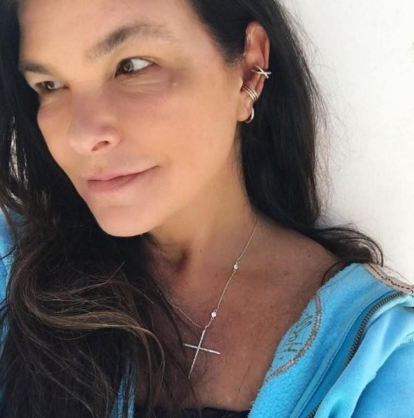 Cristiana Oliveira posta foto de cara limpa  (Foto: Reprodução Instagram)