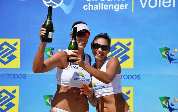 Andrezza e Chell, v&#244;lei de praia (Foto: Paulo Medeiros/CBV)