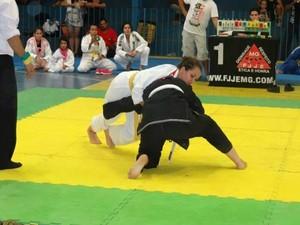 Julia Hellen da Equipe de Jiu Jitsu Aguia Dourada de Bom Despacho (Foto: Julia Helen/ Arquivo Pessoal)