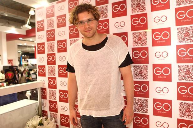 Thiago Fragoso em evento em São Paulo (Foto: Iwi Onodera / EGO)
